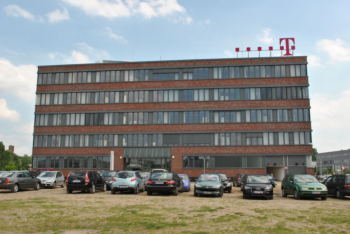 service-center der deutschen telekom in kiel